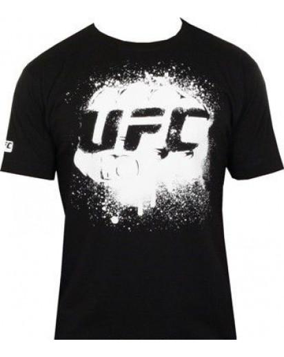 UFC Fist Black/White t-paita