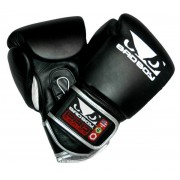 Bad Boy Pro Series Training Gloves Nyrkkeilyhanskat Musta